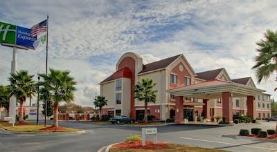 Holiday Inn Express Richmond Hill