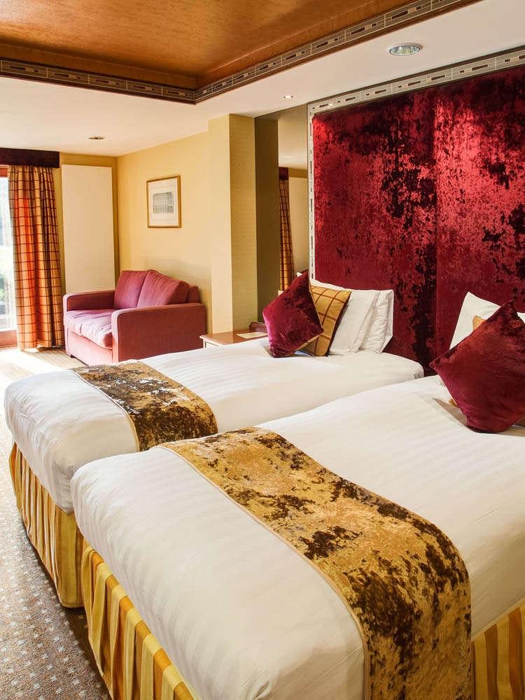 Best Western Plus Grim's Dyke Hotel
