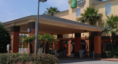Holiday Inn Express & Suites DESTIN E - COMMONS MALL AREA
