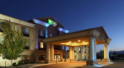 Holiday Inn Express & Suites LONGMONT