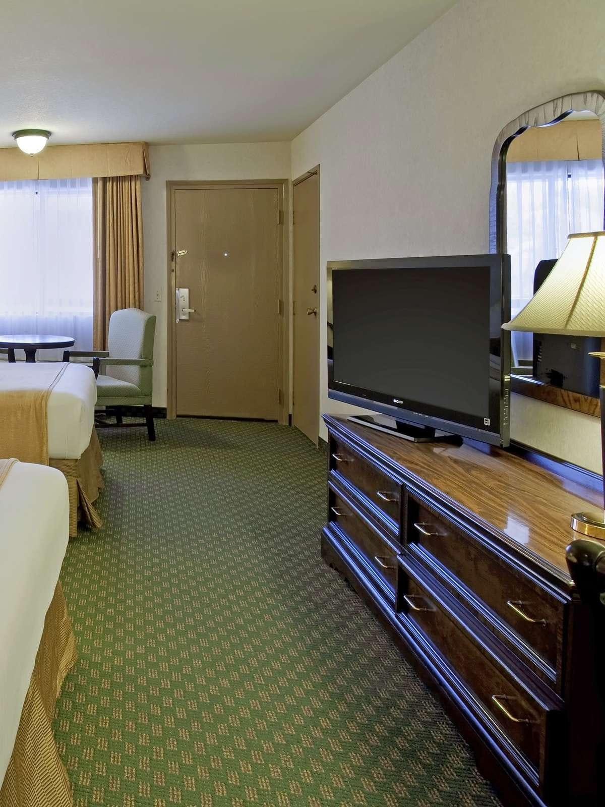 Best Western Plus Redondo Beach Inn